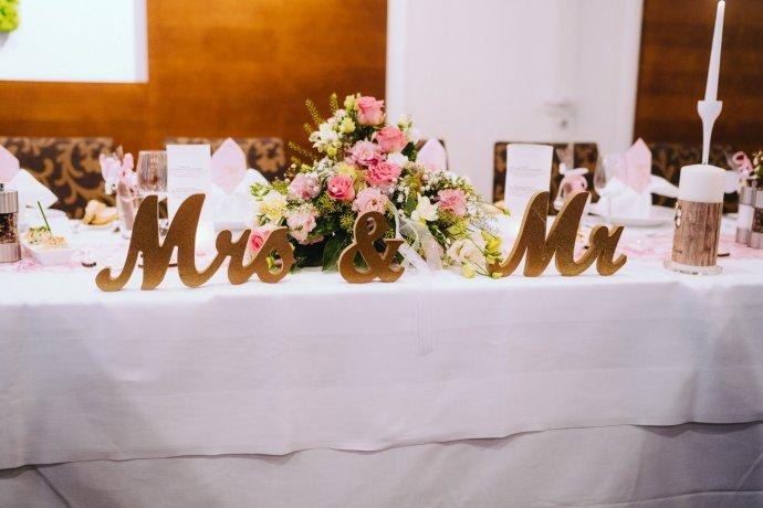 Brautpaar Tischdeko