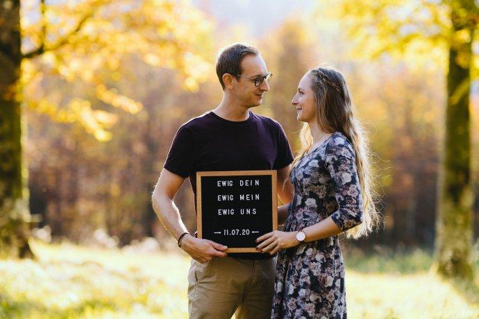 Paarfotografie für Hochzeitseinladungen