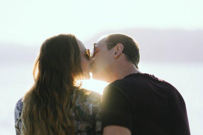 Paarfotografie verliebte Paare am Attersee